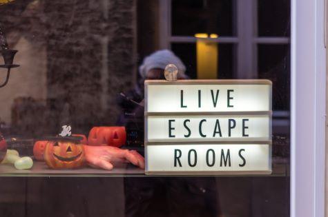 Virtual Escape Room Graphic